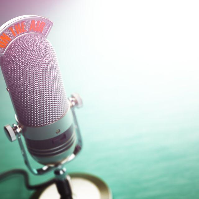 Mikrophonständer mit On Air Zeichen