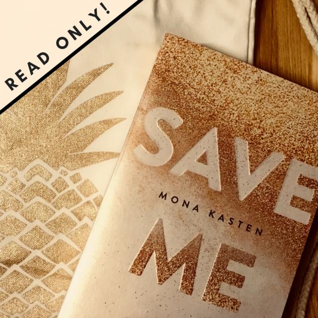 Buchcover SAVE von Mona Kasten und Turnbeutel in Ananas Design