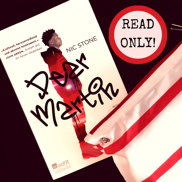 Buchcover von Nic Stone: Dear Martin. Taschenrucksack in rot und weiß gestreift.